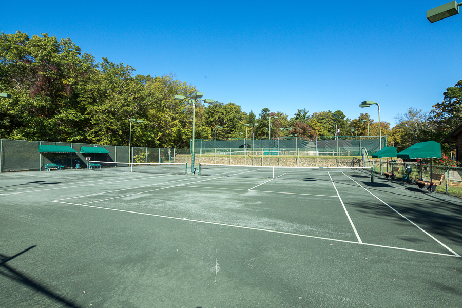 Lookout Mtn Courts